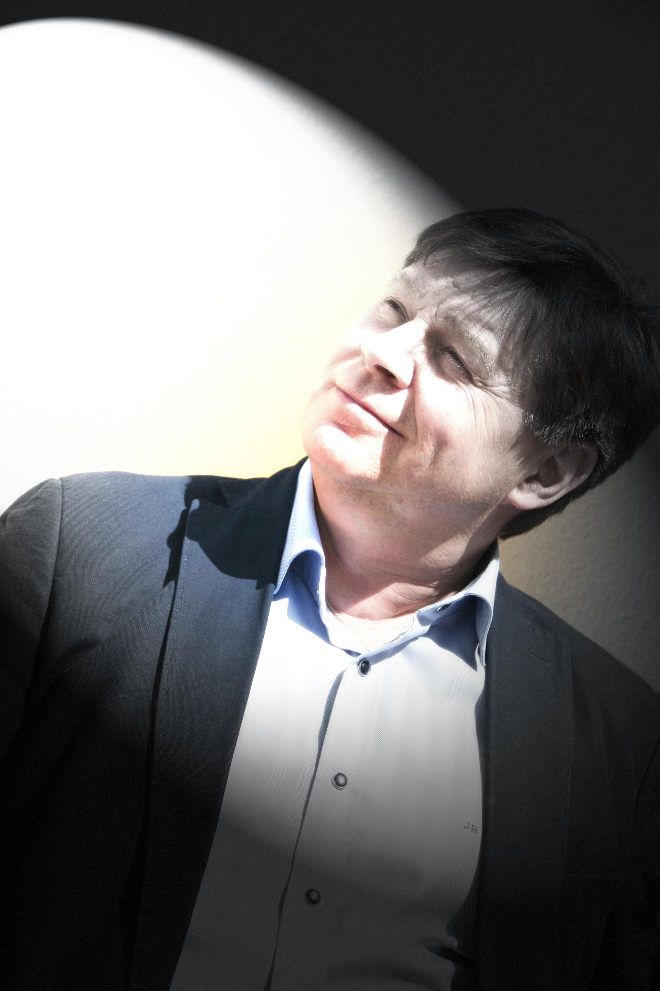 Över en sommarfika med Jan Björkman